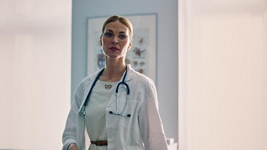 Pavlína Němcová ztvární menší roli lékařky v komedii Po čem muži touží 2.