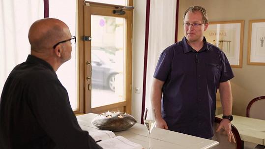 Karel u Zdeňka Pohlreicha v jeho restauraci