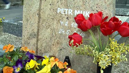 Petr Muk je pohřben v Českém Krumlově.