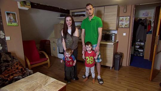 Eliška s partnerem Petrem a jejich dětmi