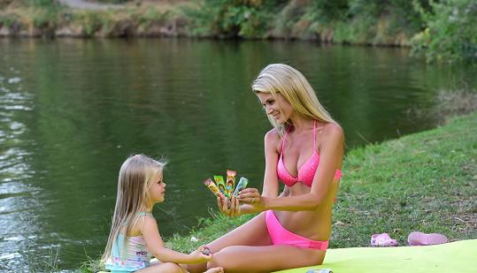 S dcerou Anetkou na pikniku