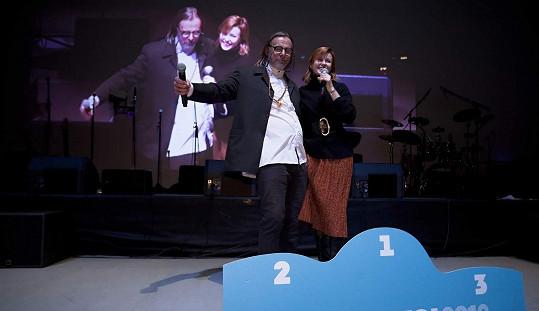 Večer moderovala Jitka společně s Janem Nevrklou.