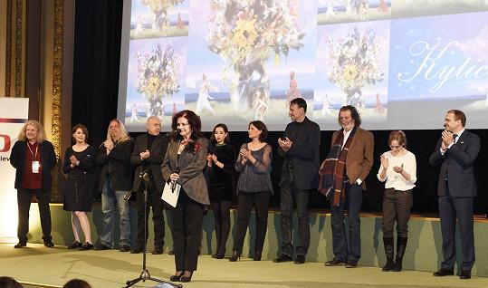 Herecká delegace na obnovené premiéře Kytice