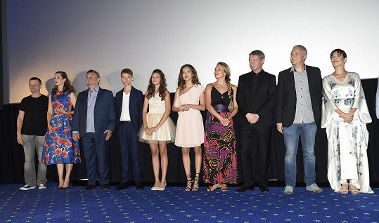 Na premiéře filmu Strašidla vedle Terezy Kostkové, které hrál manžela hejkala.