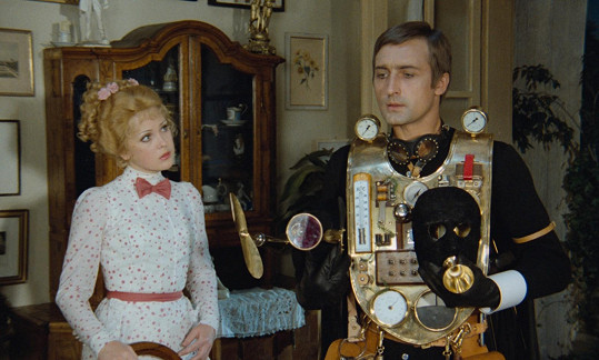 V roli velkého detektiva Nicka Cartera se představil Michal Dočolomanský. Naďa Konvalinková si zahrála naivní Květušku.