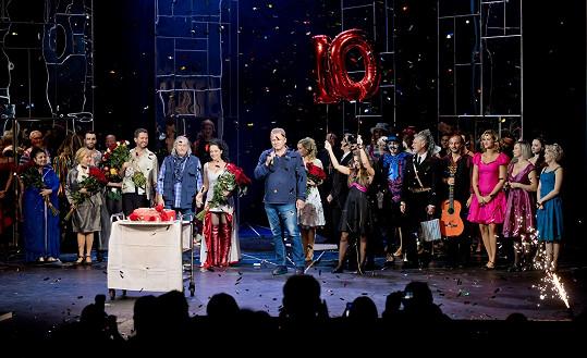 Deset let od premiéry Carmen se slavilo přímo na jevišti.