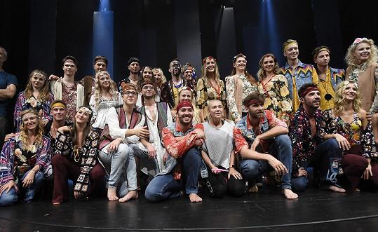 Nový muzikál Vlasy, který uvede Divadlo Kalich v lednu.
