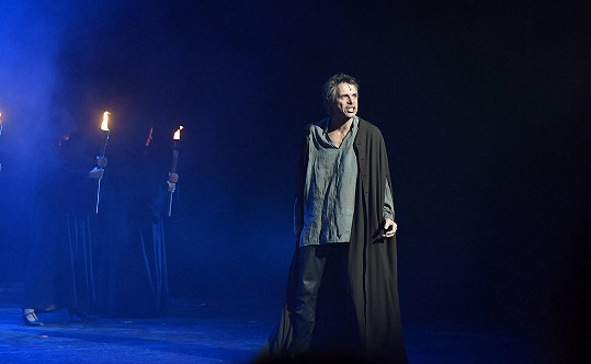 S představením by chtěl Ledecký opět za hranice.
