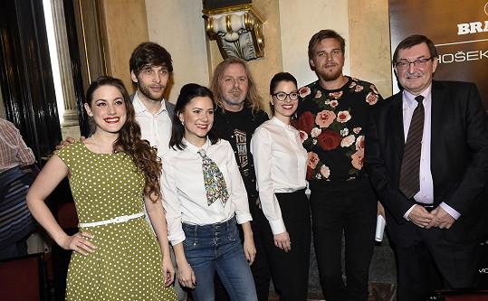 Roman s dalšími nominovanými za muzikál