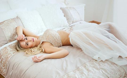 Nevěsta v posteli