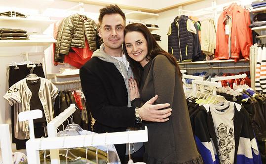 Libuška je nyní šťastná s hercem Zdeňkem Rohlíčkem.