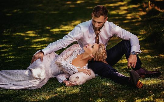 Svatební fotografie dopadly skvěle....