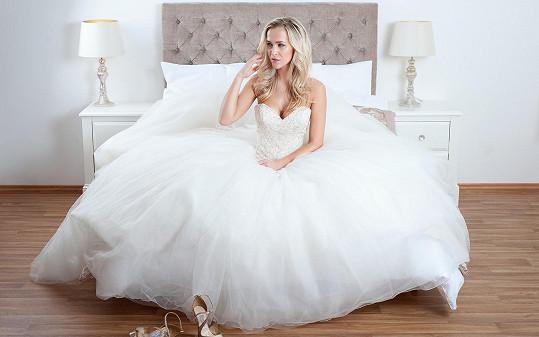 Blondýna na vdávání nemyslí, její přítel by si ji prý ale vzal z fleku.