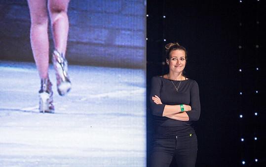 Čerešňáková na sobě nechtěla dát znát smutek ani v zákulisí během příprav finále soutěže.