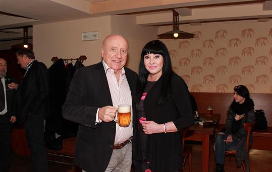 S manželem Felixem Slováčkem