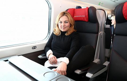 Pavlína Wolfová vyrazila po čtyřech letech na Slovensko vlakem.