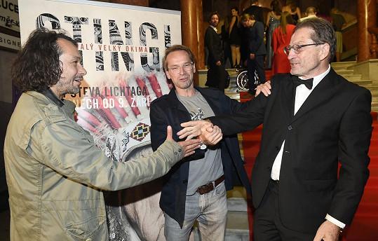 S kamarádem Janem Révaiem přišli podpořit film Steva Lichtaga o Miloslavovi Stinglovi.