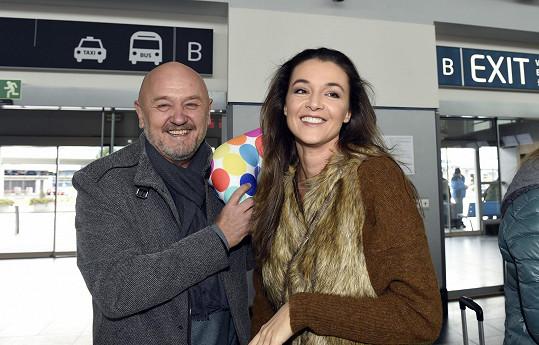 Ivu odvezl na letiště její partner Jiří Jirásek.