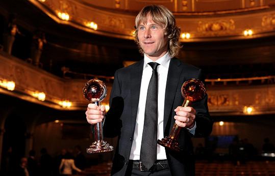 Pavel Nedvěd patří k ikonám českého fotbalu.