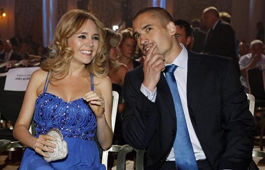 Lucie Vondráčková a Tomáš Plekanec se stále rozvádí. Mají spolu dva syny.