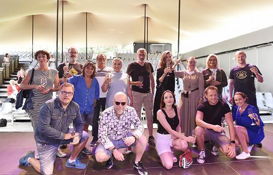 A s dalšími kolegy z letní divadelní scény