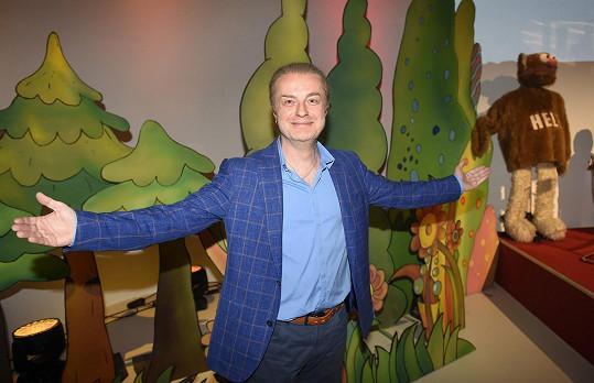 Pavel Šporcl učí hudbě nejenom své děti, ale i přes televizní obrazovky.