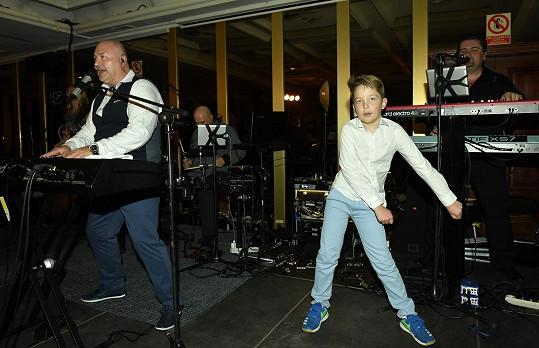 Vnuk Michala Davida chce s dědečkem občas vystupovat.