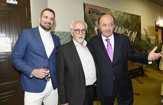 S Robinsonem Radimem Schwabem a režisérem představení Václavem Knopem.