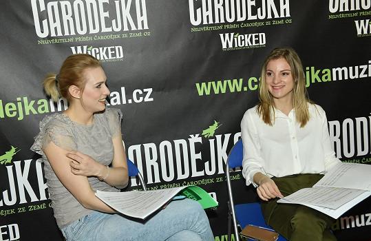 Na korepetici s kolegyní Sárou Milfajtovou