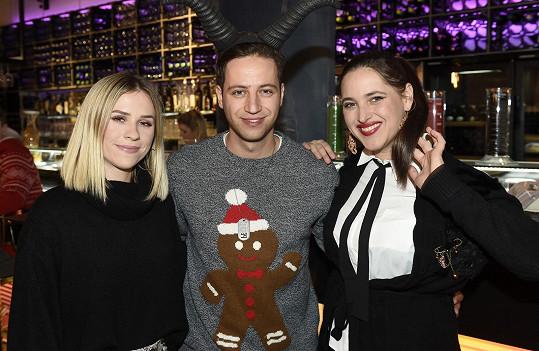 Na párty s Milanem Peroutkou a Marianou Prachařovou