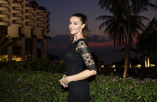 Iva krátce poté, co s týmem České Miss dorazila do letoviska Pattaya, které je první zastávkou v rámci dvoutýdenního soustředění.