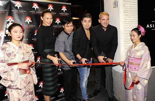 Markus s Monikou Leovou a Liborem Boučkem byli kmotry openingu.