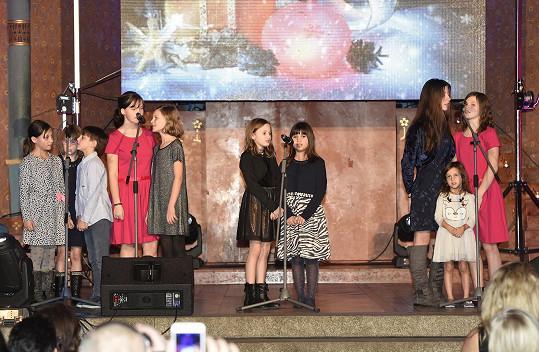 Na koncertě vystoupily děti, jejich talent nadace podporuje.