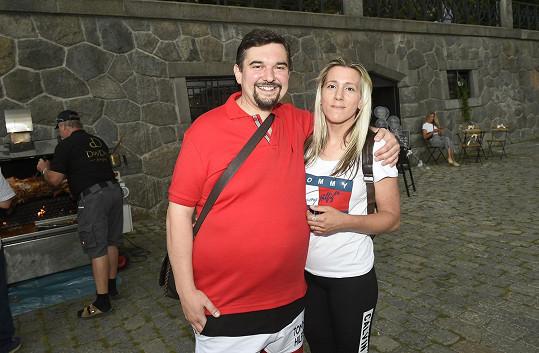 S režisérem Tomášem Magnuskem (na snímku s manželkou) Dejdar natáčí film.