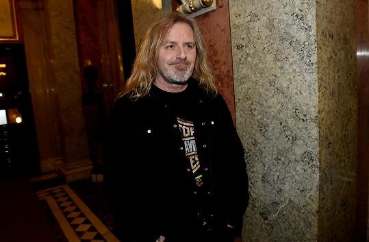 Pepa je nominován na cenu Thálie za muzikál Mefisto.