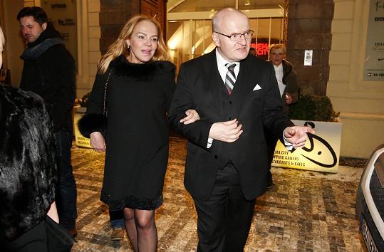 Do kina ji doprovodil ministr kultury Daniel Herman.