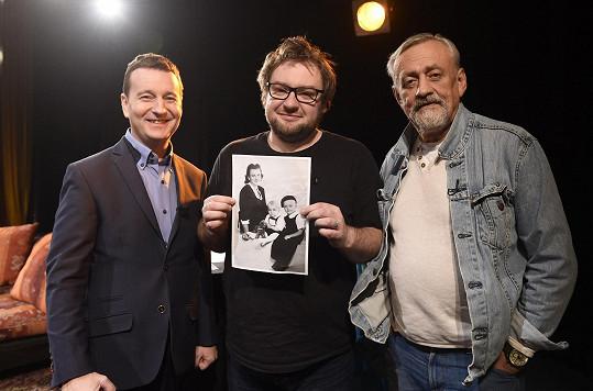 My jsme ho potkali, když byl hostem show Na kus čaje s moderátory Milanem Elčevem a Petrem Jablonským.