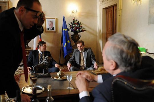Václav Vydra, Jan Antonín Duchoslav a Ladislav Hruška s dvojníkem prezidenta