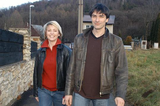 Iveta Bartošová jeden čas randila i se Zdeňkem Podhůrským.