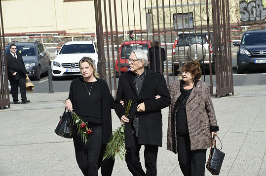 Vadim Petrov s manželkou a dcerou