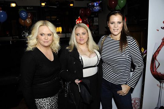 Štiková s dcerami Ornellou a Charlotte