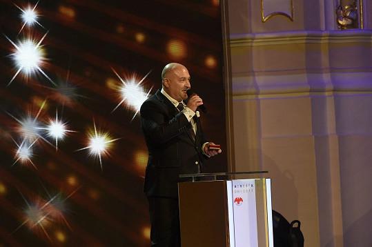Michal David získal v kategorii zpěváků stříbro.