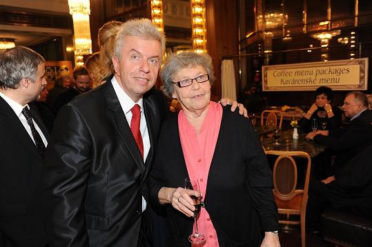 Malkina se svým přítelem Jaroslavem Svěceným