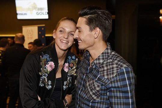 Karolína s Michalem se letos zasnoubili.