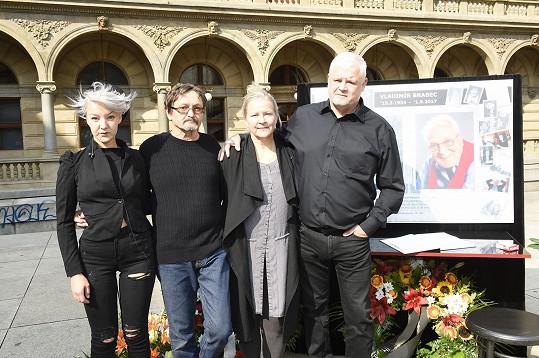 Přišla samozřejmě i rodina Vladimíra Brabce.