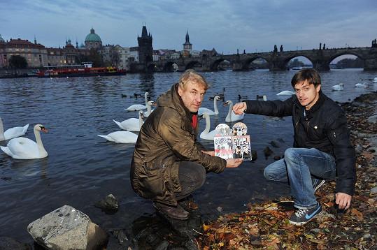 Rejža s Jirkou Mádlem pokřtili DVD Vejška.