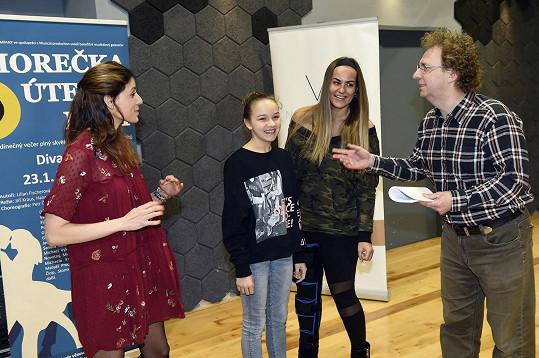 Katka hraje v představení například s gospelovou zpěvačkou Leonou Gyöngyösi nebo s Lilian Sarah Fischerovou, která má představení na svědomí.