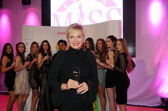 Gábině drží palce i ředitelka České Miss Marcela Krplová.