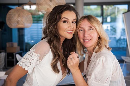 O make-up se postarala Hristina Georgievska.