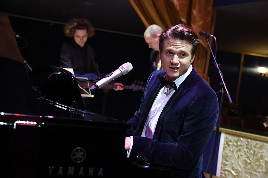 Na Plese v Opeře vystoupil i Ondřej Brzobohatý.